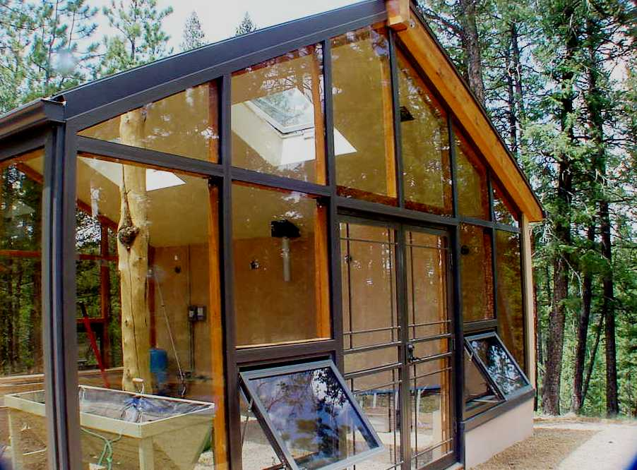 Custom solar passive greenhouse